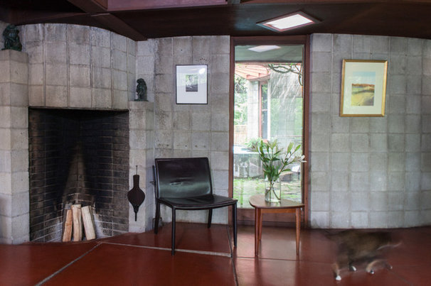 Midcentury Living Room by Jason Snyder