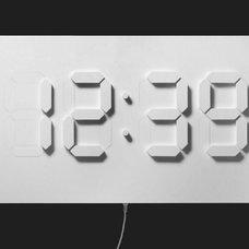 Modern Clocks by Alvin Aronson