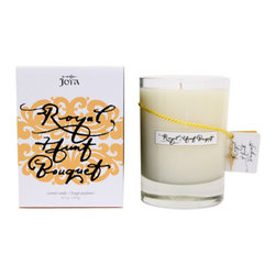 Joya - Royal Hunt Bouquet Candle - Keep the home fire burning. This beautiful candle offers a fresh and welcoming scent to your home with the fragrance of orange blossom and Siam citron.