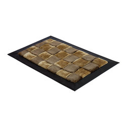 Blancho Bedding - Onitiva - [Brown Tone] Handwoven Home Rugs (19.7 by 31.5 inches) - This handwoven rug is made of high quality faux fur and it features an attractive pattern that traps moisture and dirt. Leather edge for added quality.