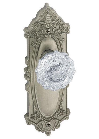 Traditional Knobs by US Homeware/Doorware.com