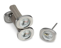 Taylor Mini Grilling Thermometers - Everyone always wants to make sure the steaks are perfectly done for guests when entertaining. This set of mini grilling thermometers will make a great gift for those who love to cook for their guests. Pair it with a box of nice steaks for a great gift!