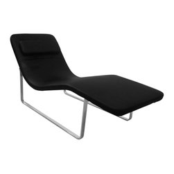 Lemoderno - Fine Mod Imports  Longa Chaise, Black - Tailored to perfection the Longa Chaise is shaped to naturally fit your bodies curves in a most comfortably relaxing position.