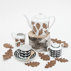 eclectic dinnerware by Elisabeth Dunker