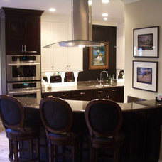 Contemporary Kitchen by Andrew Roby General Contractors