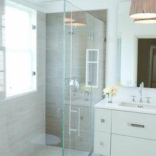 Midcentury Bathroom by Joe Olson