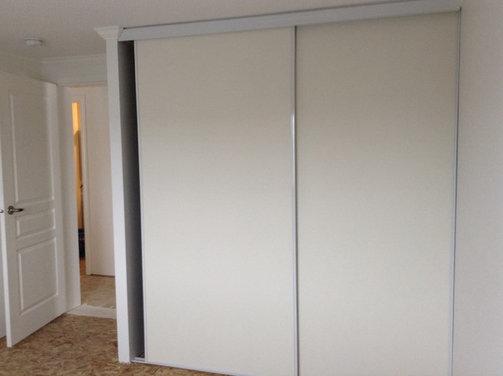 Crappy closet doors for Cheap sliding closet doors
