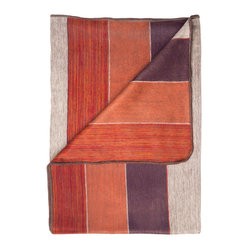 Widestripe Berry/Throw