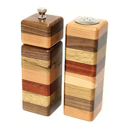 G3 Studios - Mini Pepper Mill & Salt Shaker - Handcrafted Pepper Grinder - Spice up your kitchen with these amazing pieces of functional art.