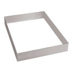 Paderno World Cuisine - 25 5/8 in. by 15 3/4 in. by 2 in. Frame Sheet Extender - This 25 5/8 long by 15 3/4 wide by 2 high frame sheet extender is made of heavy stainless-steel. It can be used in conjunction with a baking sheet to raise the height of pastries. By themselves they can be used to bake and layer various pastries.