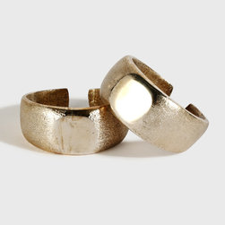 Le Mill Napkin Ring - These gorgeous silver napkin rings from Indian concept store Le Mill's house line would add a luxurious gleam to the dinner table.
