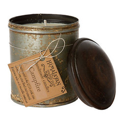 Spice Tin Candle - Autumn is all about being a part of nature and bringing the outdoors in. This candle is perfect for that; it has a great rustic look to it which is great for fall and it smells like a campfire!