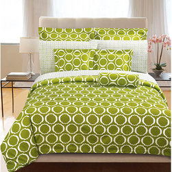 None - Green Scroll 3-piece Duvet Cover Set - A white scroll design is set on a green background on this duvet cover set. This bedding set is crafted of breathable cotton.