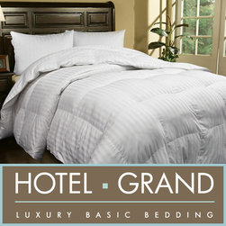 Hotel Grand - Hotel Grand Oversized 500 Thread Count Extra Warmth Siberian White Down Comforte - Add warmth and classic appeal to your bedroom with this timeless Siberian white down comforter. Amazing 500-thread count cotton provides quality and luxury that you have to feel to believe. Cozy down insulates you against even the chilliest nights.