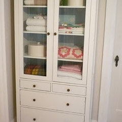 Falls Design: DIY Linen Closet: From Box to Charm