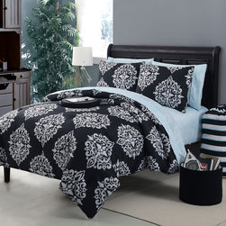 None - Daria 11-piece Bed in a Bag with Sheet Set - Quickly dress up your bed with this bed in a bag with sheet set. This 11-piece set features damask print and an ultra soft fabric feel. Constructed from durable 100 percent polyester material,this stylish bedding is also machine washable.
