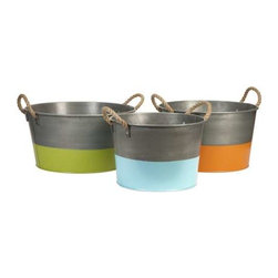Chelsey Round Tubs - Set of 3 - The Chelsey tubs are constructed of iron sheet metal, with rope handles and brightly painted bases, perfect for entertaining!