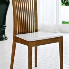 modern chairs by stores.advancedinteriordesigns.com