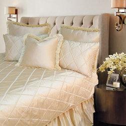Silk Gilt Quilt - Designer Bedding -
