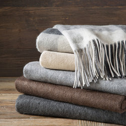 Madison Park Signature - Madison Park Signature Cashmere Throw - The ultimate in luxury, this premium cashmere throw is made from 100% cashmere for the best in quality and design. The soft lightweight throw is perfect for year round warmth. 100% cashmere 210gsm
