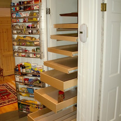 Closet and Walk-In Pantries - Pull out pantry shelves from ShelfGenie of Seattle.