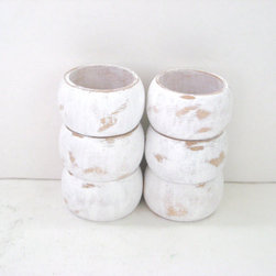 White Napkin Rings, Distressed by Green Fox Studio - Little pops of white brighten up a table. These distressed napkin rings are super cute.
