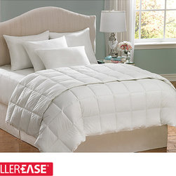 AllerEase - AllerEase Hot Water Washable King-size Hypoallergenic Comforter - Protect your sleep from household allergens with this white hypoallergenic comforter by Aller-Ease. Designed with a plain weave pattern for a classically elegant look, this microfiber comforter will bring you extra warmth on those cold, harsh nights.