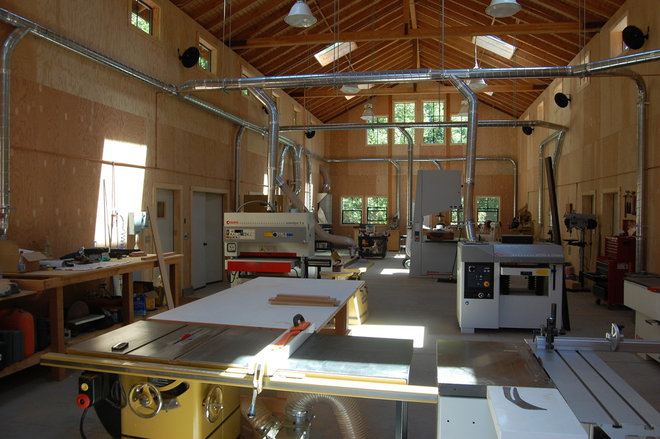 Dream workshop in a rural sonoma barn for Garage ad sainte foy de peyroliere