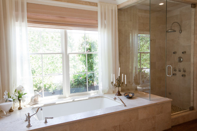 Traditional Bathtubs by Amanda Austin Interiors
