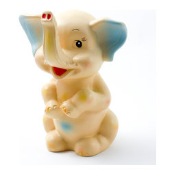 Pakhuis Oost - Elephant money box - Cutest money box alert! Decorate your children's bedroom and help your child to save his first coins in this adorable saving bank.