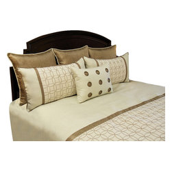 Wallis Duvet Set, King - A Sophisticated pallet of Ecru and Bronze. Grommet pillow embellished rich texture gives this set a masculine look.