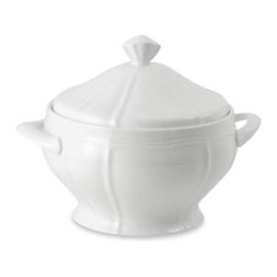 Mikasa - Mikasa Antique White 68-Ounce Covered Casserole Dish - This double-ridged, scallop-edged china has a quaint, homey feeling. Fine china in brillant white fits in easily with any decor and can be used with various flatware and stemware patterns.