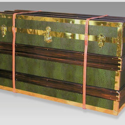 Steamer Trunk Plasma TV Pop-up Cabinet - Banish boring media consoles for good. This modern steamer was fashioned to mimic its antique counterparts with fabulous brass hardware and leather.