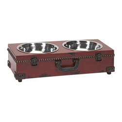 iMax - iMax Benjamin Truck Pet Feeder - This old world inspired trunk shaped pet feeder is a must have for any pet owner. It's traditional look pairs well with any home.