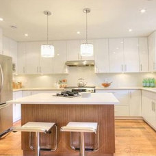 Contemporary Kitchen by Home Ingredients