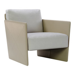 Diam Armchair - Diam's innovative design derives from the lack of sharp angles, which leads to unexpected levels of depth and breath. A contrast has been sought between strength and lightness, exemplified by a piece that stands out on its own. For maximum comfort, the backrest and seat are made of multi-density foam and Air Fiberfill. The seat and the back cushions are upholsterd in light beige fabric, while the armrests and the back are upholsterd in matching leather.