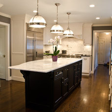 Traditional Kitchen by Rajni Alex Design
