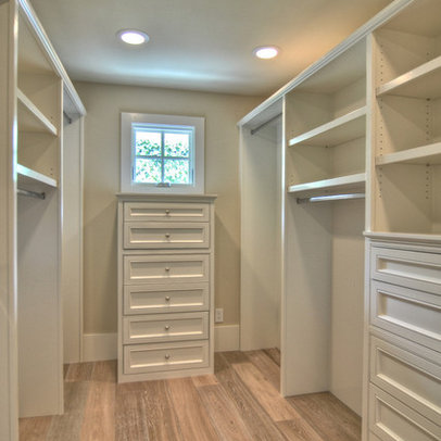 Walk Closet Design Ideas on Walk In Closet Design Ideas  Pictures  Remodel  And Decor
