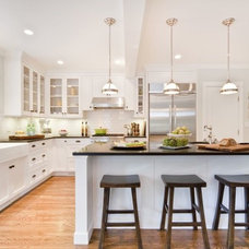 Beach Style Kitchen by Jenny Martin Design