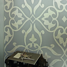 Traditional Wallpaper by Walls Republic