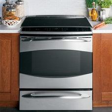 Major Kitchen Appliances GE Profile Slide-In Induction Range PHS925STSS