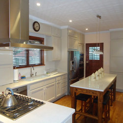 Brooklyn NY - Kraftmaid cabinetry, Caesarstone counter tops, appliances and renovations.