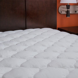 Extra Plush Mattress Pad - Topper with Skirt - Found in Marriott Hotels - You'll love the luxurious comfort of this mattress pad! This pad is perfect for restoring older mattresses, softening firm mattresses or cooling hot mattresses.