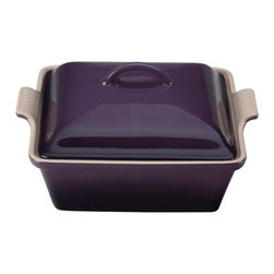 Le Creuset - Le Creuset Heritage Stoneware 2 Quart Covered Square Casserole, Cassis Purple, 2 - Le Creuset stoneware casseroles offer superior, highly functional performance in the oven and at the table. These durable stoneware dishes include tight-fitting lids and easy-to-grip grooved side handles, and are designed for a multitude of kitchen tasks, whether baking desserts, oven-roasting meats, broiling fish or simply marinating before cooking.