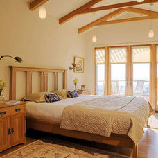 Traditional Bedroom by AND Interior Design Studio