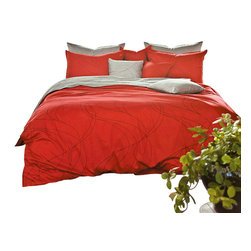 Silver Fern Decor - Modern Red & Gray Duvet Cover Set, Queen - Features)