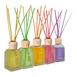 Cristalinas - Cristalinas Reed Diffuser, 100ml, Violet (Violetta) - Please note:  This listing is for the violet diffuser only.