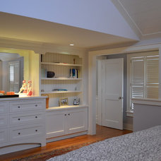 Beach Style  by Cheney Brothers Building & Renovation LLC