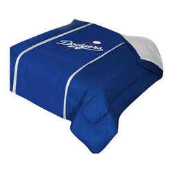 "Zappysales - Los Angeles Dodgers Sidelines Comforter Queen - Comforter Full/Queen 86"" x 86"". Covers are 100% Polyester Jersey top side and Poly/Cotton bottom side, filled with 100% Polyester Batting. Logos are screenprinted. Machine washable in warm water, and tumble dry on low heat."