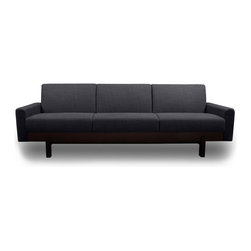 STUDIO COPENHAGEN - Paddington Dark Grey 3-Seat Couch - The Paddington Beige 3-Seat Couch features elegant scandinavian design in a strong, high quality couch. Designed with ergonomics in mind, the Paddington couch is a scandinavian design masterpiece.